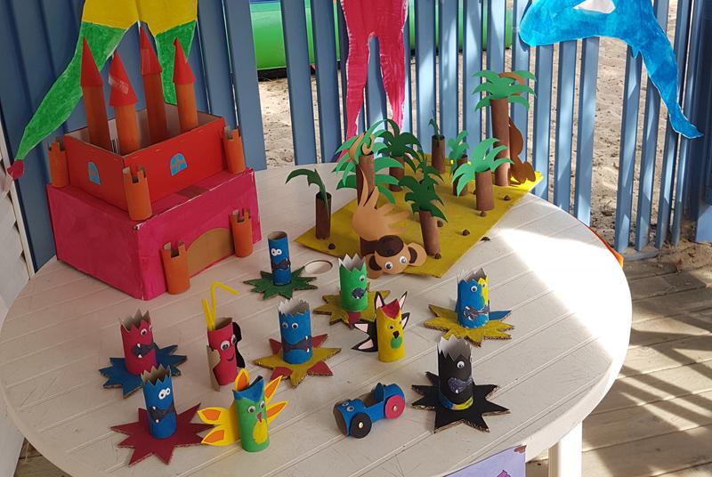 Loisirs créatifs au club enfants