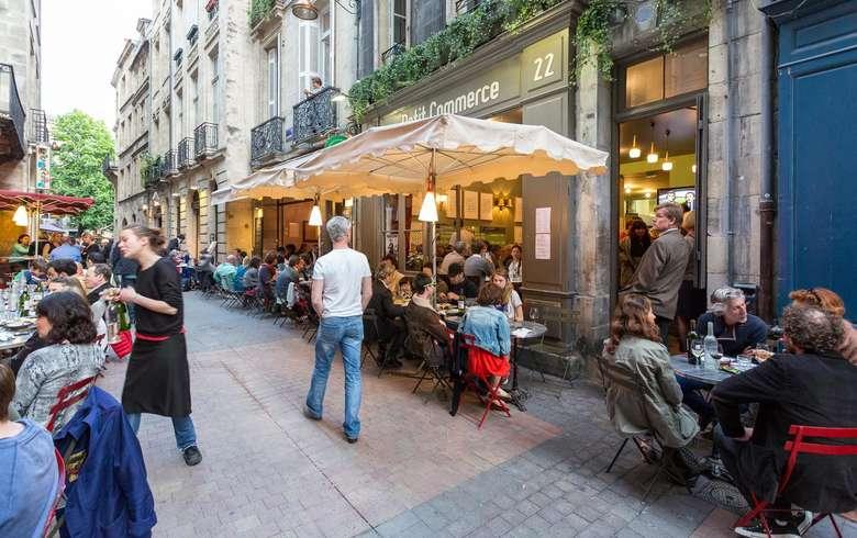Vieux Bordeaux-rue du Parlement Saint Pierre